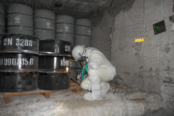 Reconditionnement de déchets dangereux dans une mine après sinistre par CURIUM