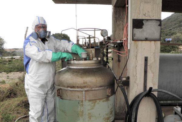 Dépollution avant démantèlement d'une installation militaire contenant de l'hydrazine et de l'acide nitrique par CURIUM