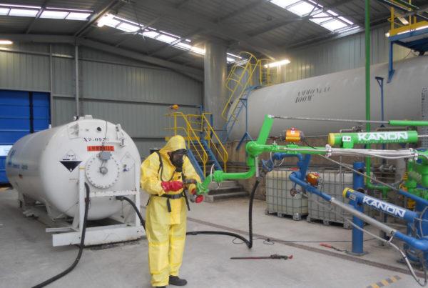 Vidange, transfert, recompression, neutralisation d'ammoniac par CURIUM